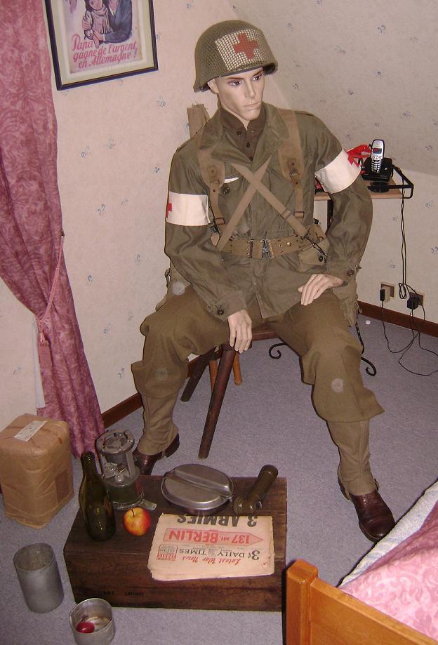 Vos mannequins 388948medic_scene
