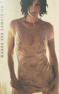 Carrie-Anne Moss - 200*320 395149carrieannemoss6