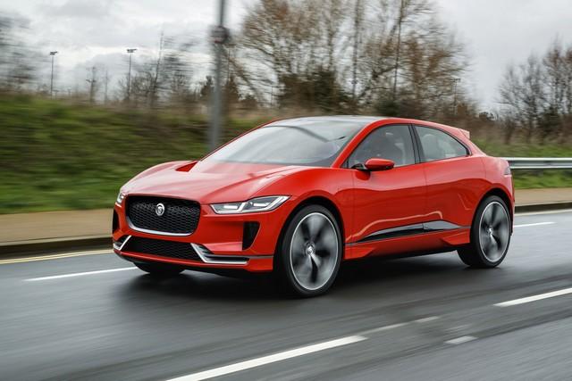 Le concept électrique Jaguar I-Pace dans les rues de Londres  395778ipacelondon010