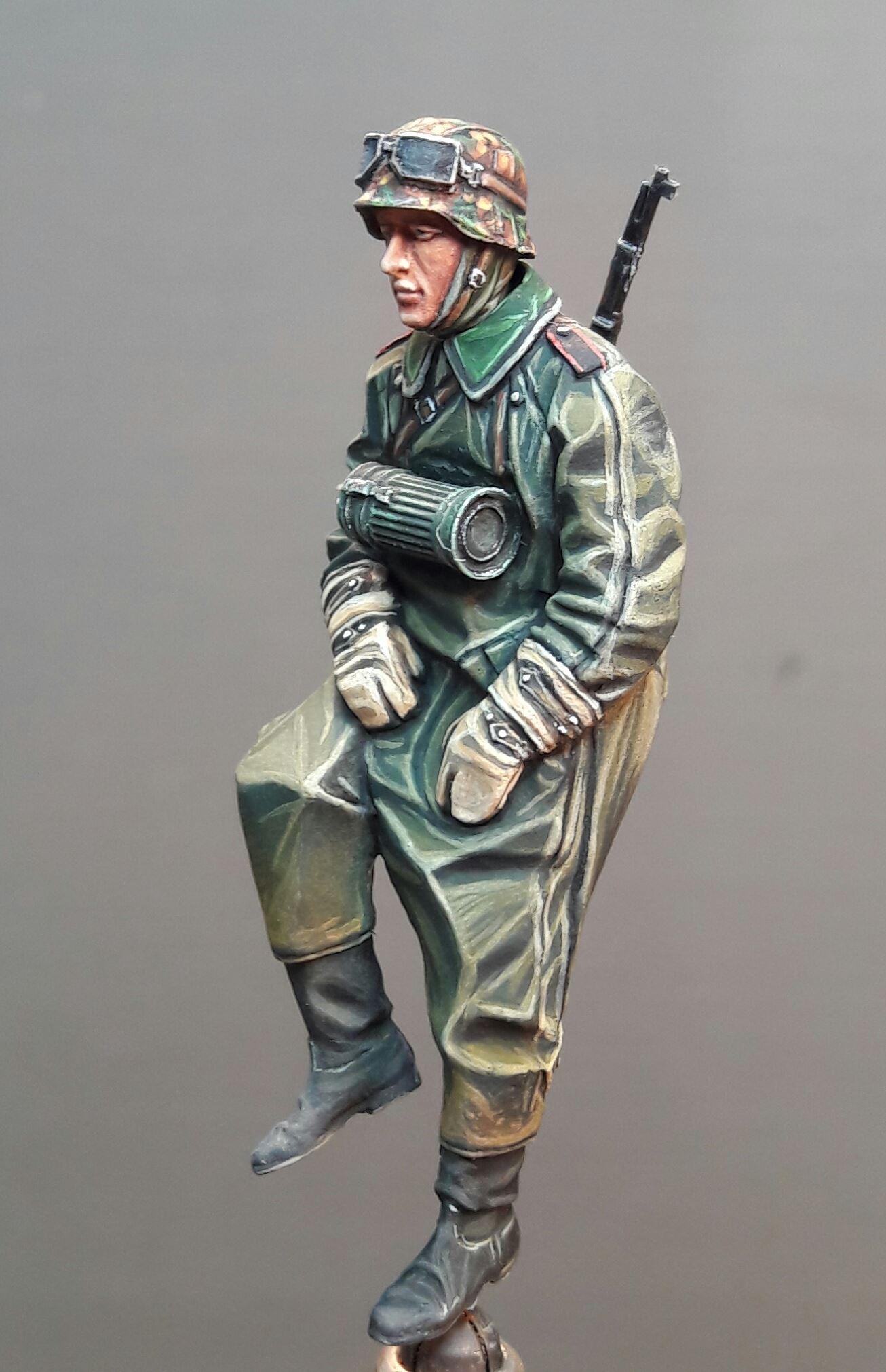 Zündapp KS750 - Sidecar - Great Wall Hobby + figurines Alpine - 1/35 39697219747986102116827703593211061144218o