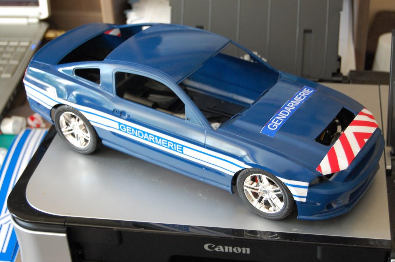 Shelby GT 500 version imaginaire Gendarmerie - Page 2 397016Mustag25Copier