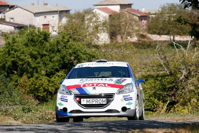 208 Rally Cup - Derniers affrontements avant l'été ! - 44ème Rallye Aveyron Rouergue Occitanie 397353590238ce1d23d