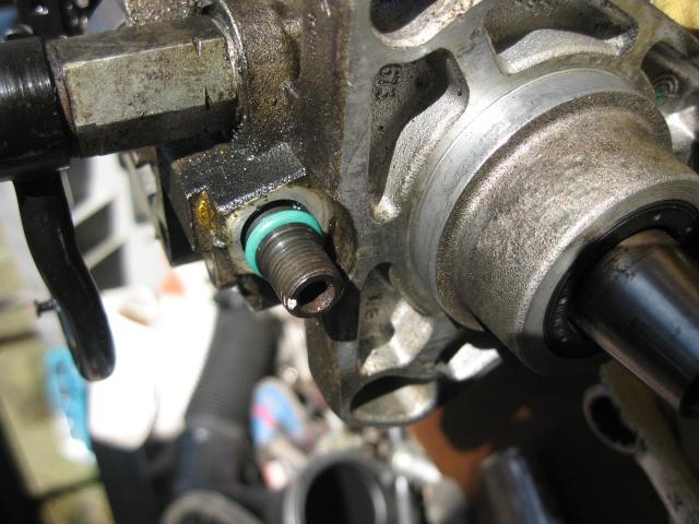 [tuto] Changement des joints sur Pompe à injection Bosch 398072IMG4399