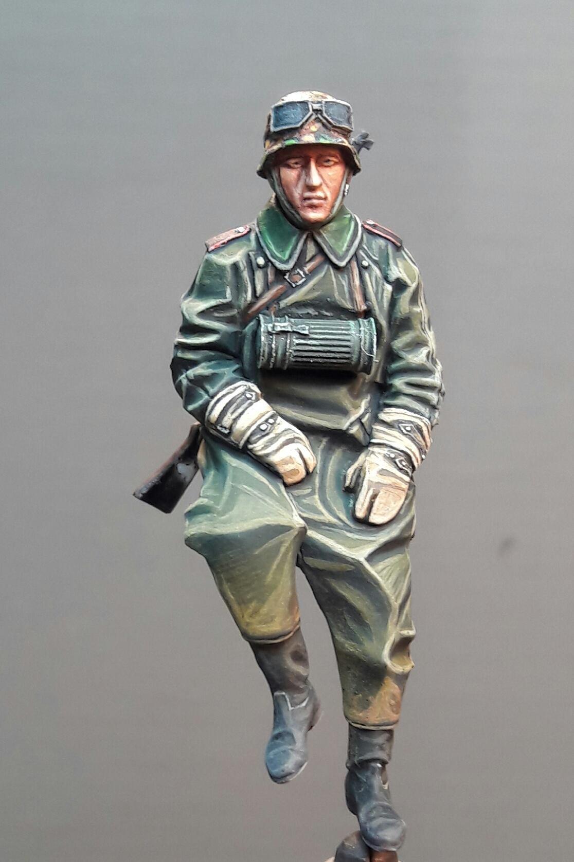 Zündapp KS750 - Sidecar - Great Wall Hobby + figurines Alpine - 1/35 3995031974968610211682770559326991618570o