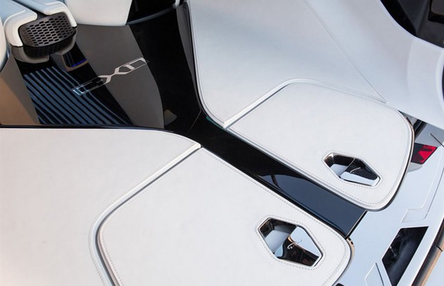 Jaguar C-X17 Concept Sport Crossover dévoilé au Dubaï Motor Show  400324jaguarcx17conceptdubaimotorshow11