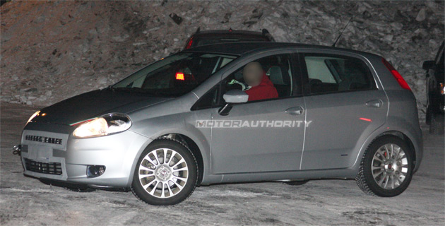 2009/12 - [Fiat] Punto Evo - Page 2 4048011