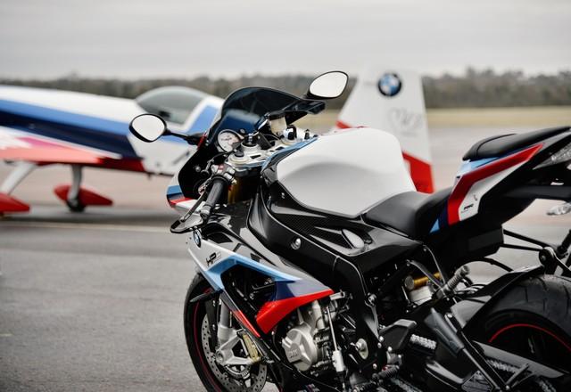 BMW a officialisé le 9 mars son partenariat avec le Circuit de Nevers Magny-Cours  405018P90250625highRespartnershipbetween