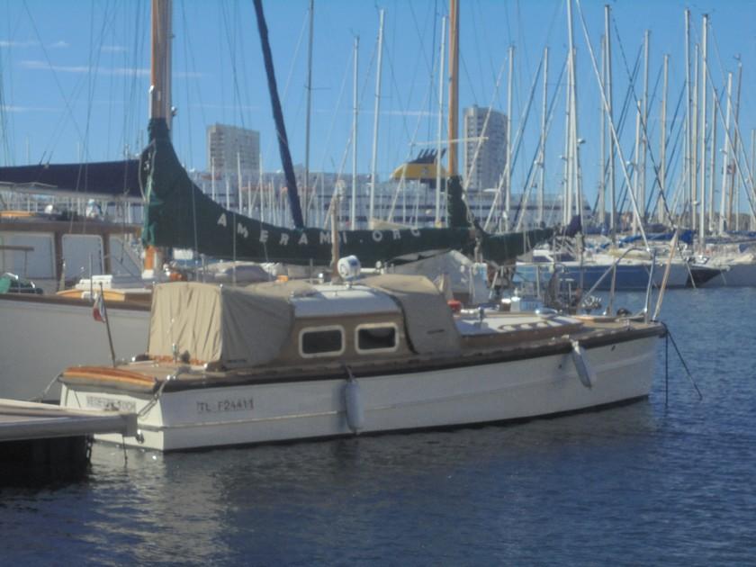 [Les Ports Militaires de Métropole] Visite de la rade de Toulon - Page 14 406535DSC03758