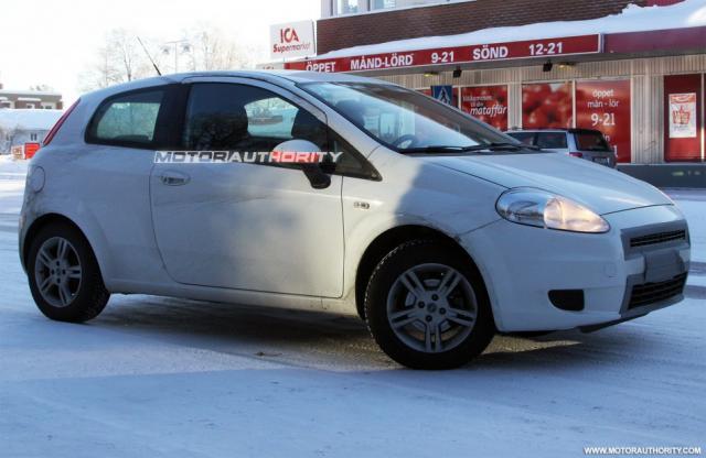 2009/12 - [Fiat] Punto Evo - Page 2 4067432