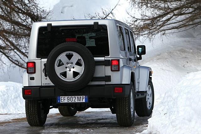 Série Limitée Jeep Wrangler Nautic présentée au Salon Nautique de Paris 406997110221JWranglerUlimited03