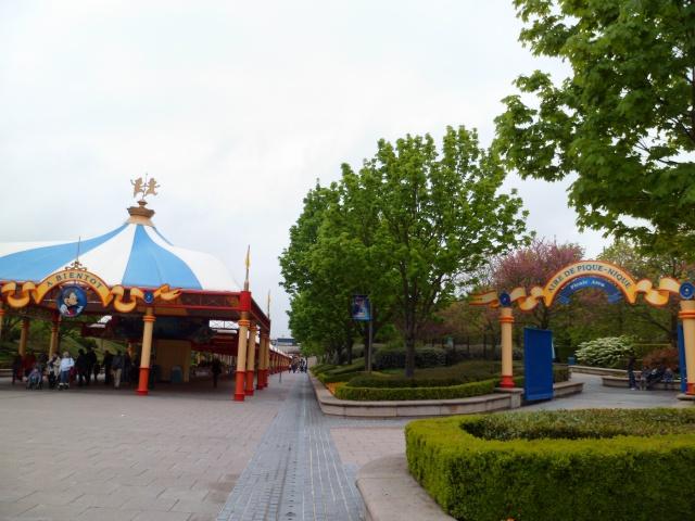 A LIRE: Conseils, Trucs et Astuces pour une visite réussie à Disneyland Paris! - Page 12 409340SAM0364