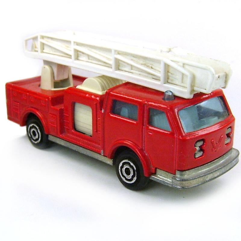 N°207 Camion pompier 4099895349