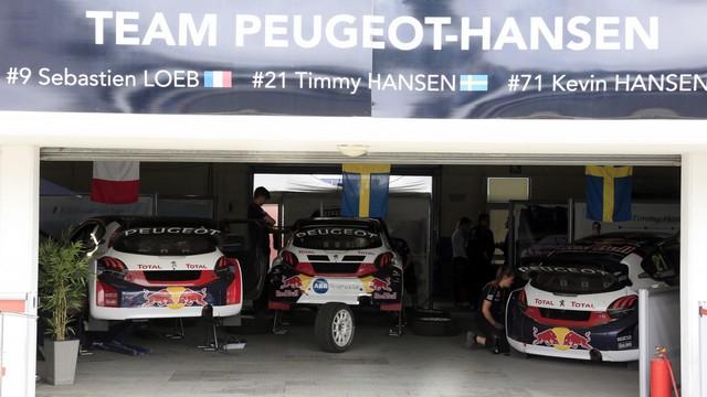 Le Team Peugeot Hansen vice-champion du monde de Rallycross* !!! 4105875a07551ac3f3ezoom