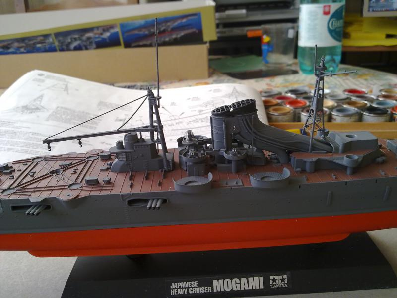 croiseur lourd Mogami au 1/350 par Pascal 94 - Tamiya  - Page 4 411660montagedcamatsjpg