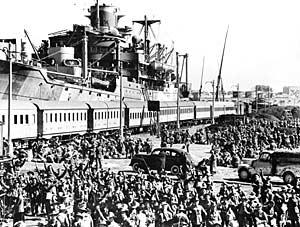 LFC : 16 Juin 1940, un autre destin pour la France (Inspiré de la FTL) 413093Australiantroopsembarking