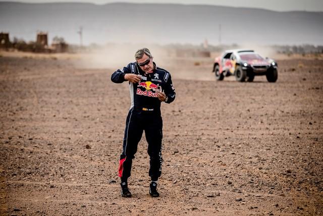 1ère VICTOIRE DE LA PEUGEOT 3008DKR Rallye du Maroc – Étape 3/5 41536357f52fd376445