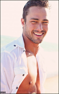 Ma petite galerie des horreurs - Page 11 416123TaylorKinney19