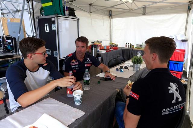 Troisième podium d'affilée pour Sébastien Loeb et la PEUGEOT 208 WRX, au Canada 41713559850a42efd8dzoom