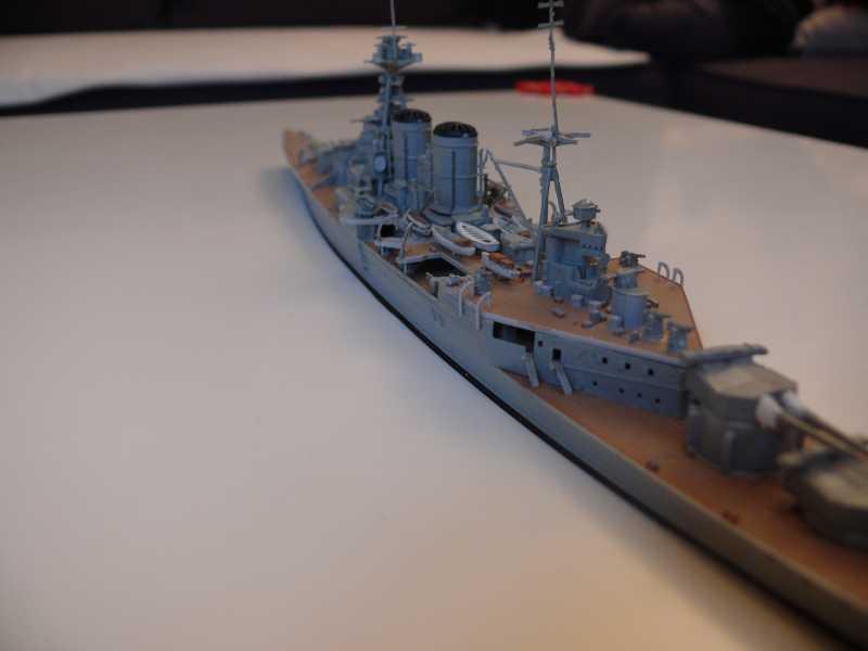 HMS Hood 1/700 Trumpeter 418203P1080024