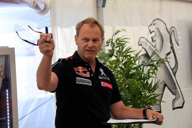 Troisième podium d'affilée pour Sébastien Loeb et la PEUGEOT 208 WRX, au Canada 420384DGnI1LwWsAA9pA2