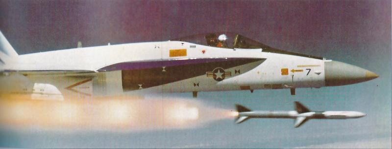 MCDONNELL-DOUGLAS F/A-18 HORNET  422337F_18A_Proto_7_AIM_7