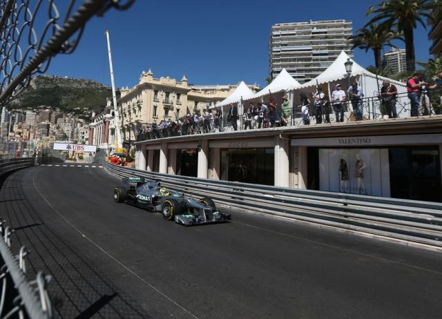 F1 GP de Monaco 2013 : (essais libres-1-2-3-Qualifications) 4233902013GPdemonacoNicoRosberg1