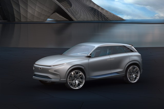 Hyundai a dévoilé son concept Fuel Cell nouvelle génération au salon de l'automobile de Genève 423490FEFuelCellConcept7