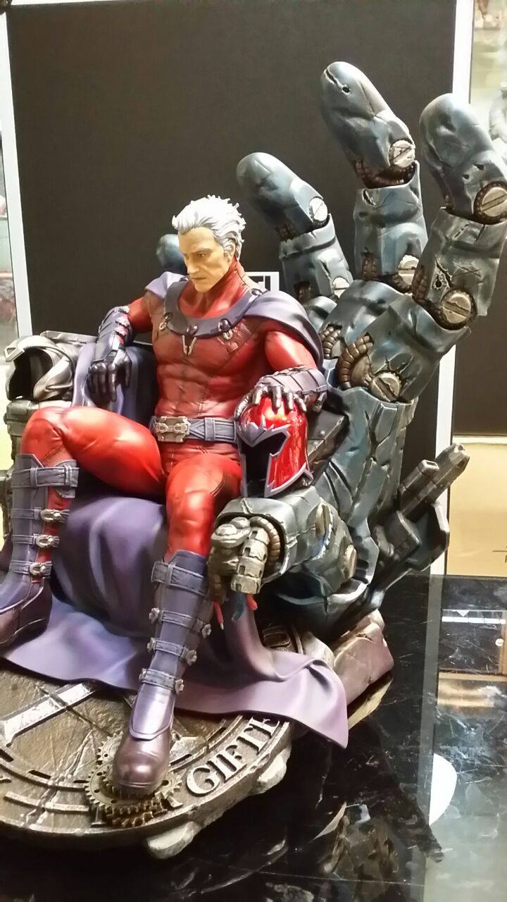 Premium Collectibles : Magneto on Sentinel Throne - Page 4 4242241055367414007229568150664817936239866054273o