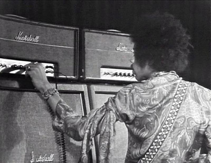 Stockholm (Konserthuset) : 9 janvier 1969 [Premier concert]  42446919690109Stockholm1stShow02