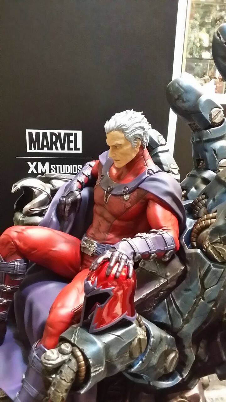 Premium Collectibles : Magneto on Sentinel Throne - Page 4 4260341035556214007230101483944320080522948219942o