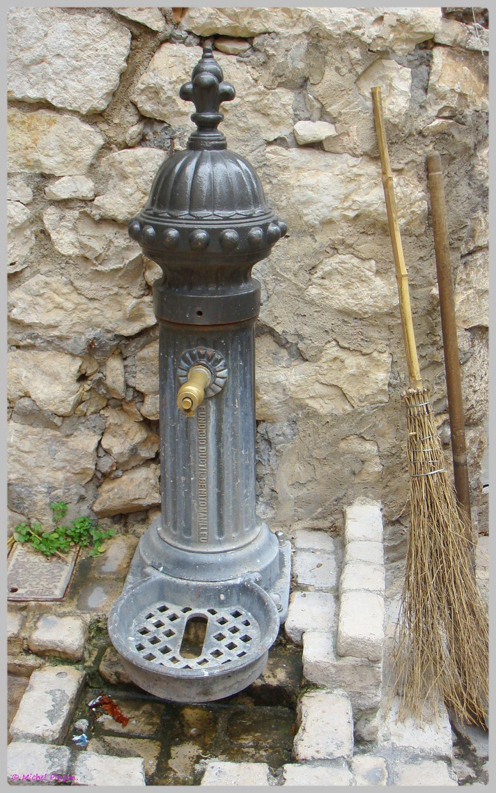 Fil ouvert- Fontaines - Page 5 431336DSC012392