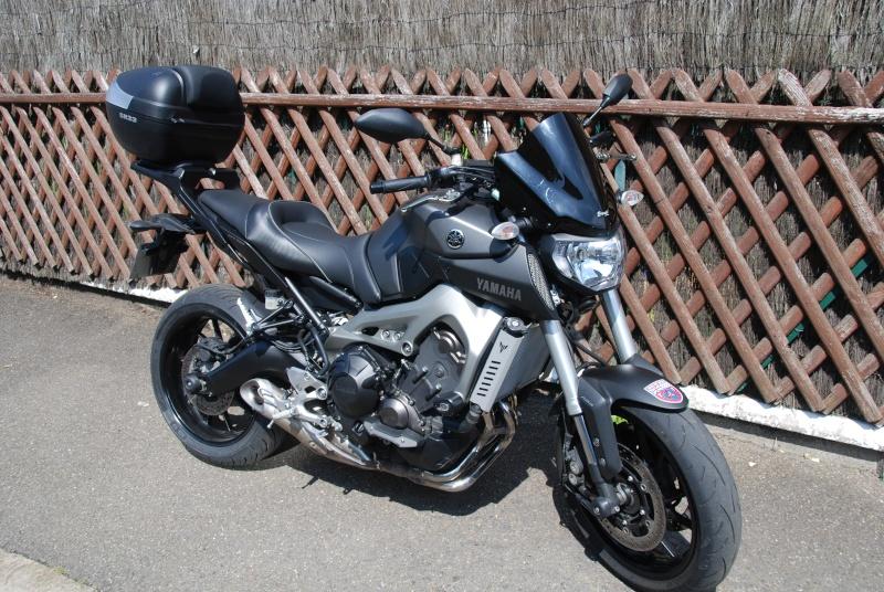 Photos de toutes les Yamaha MT-09 du forum ! :) 432173YTheDude92