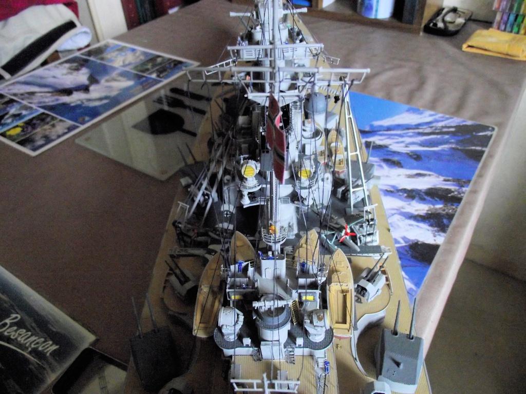 Bismarck 1/200 Trumpeter - Page 6 433749Bismarck1x200144