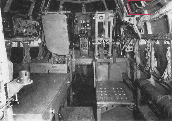 Short Stirling BF-513 75 Sqn, 1/72 Italeri: Commémoration 08 mai 2015....Terminé! 434458Cockpit11
