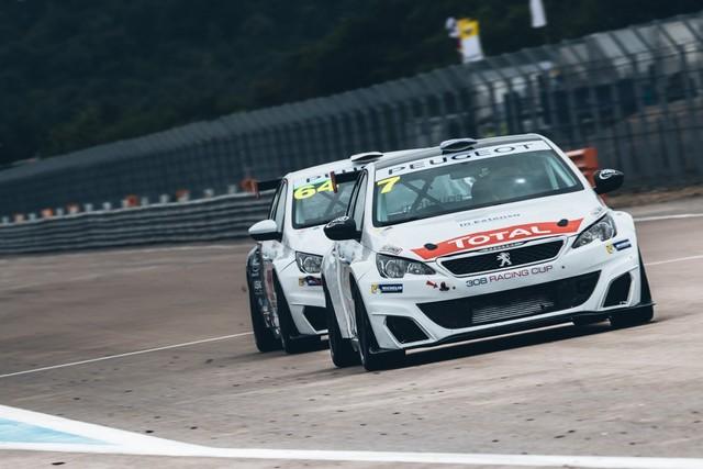 La Peugeot 308 Racing Cup Se Joue Des Conditions ! 4395925957d68d14d5e