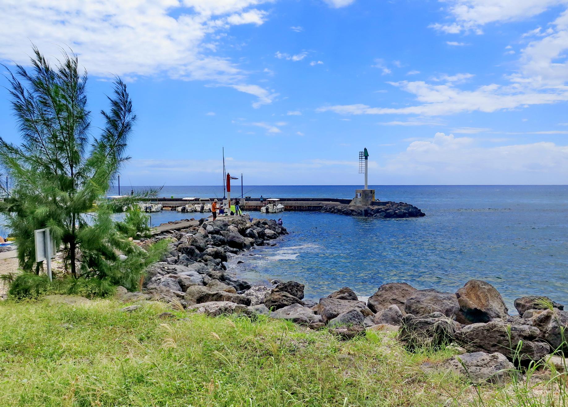 [Vie des ports] Les ports de la Réunion - Page 4 441786stpierrestleu160