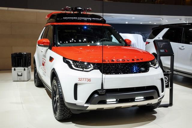 Project Hero, une version unique du nouveau Land Rover Discovery pour la Croix Rouge autrichienne  445337lrnewdiscoveryprojecthero07021726