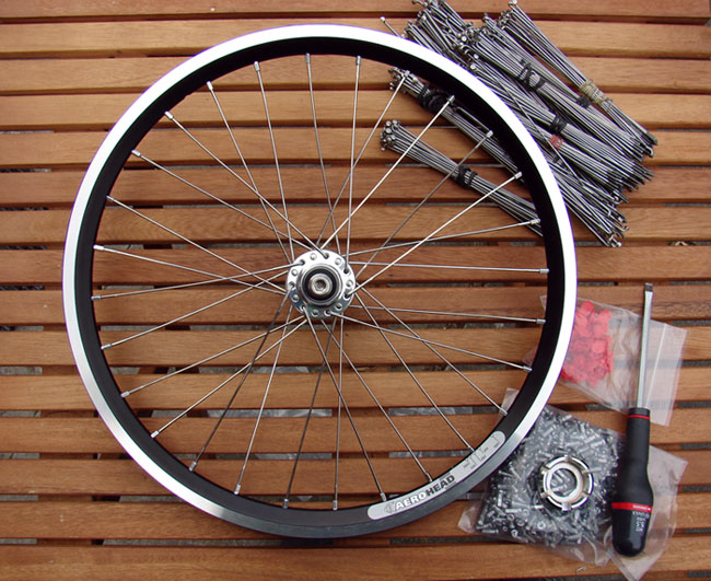 Rayonner les roues : outils et techniques - Page 3 447612Aeroheadphilwoodpretension