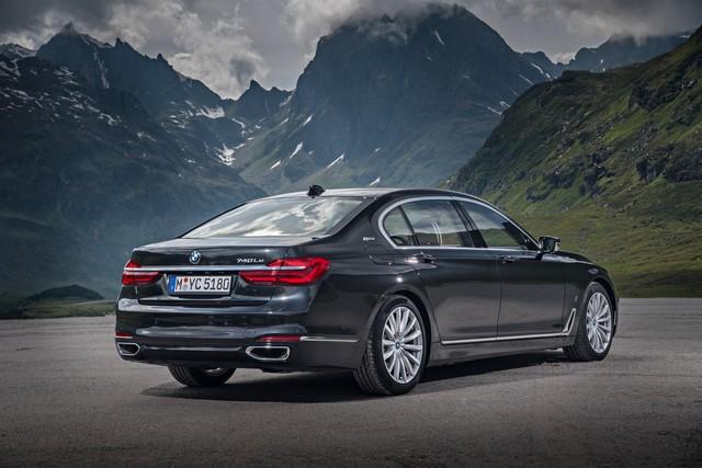 Les nouvelles BMW 740e iPerformance avec technologies eDrive 450001P90226936highResbmw740lexdriveipe
