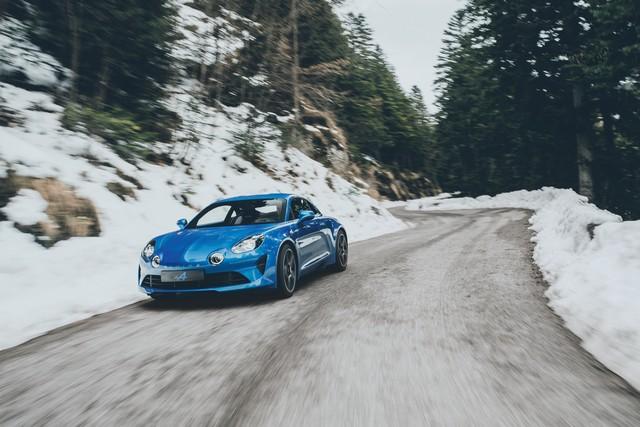 Alpine est de retour - A110, la voiture de sport française agile et compacte 4646168832916