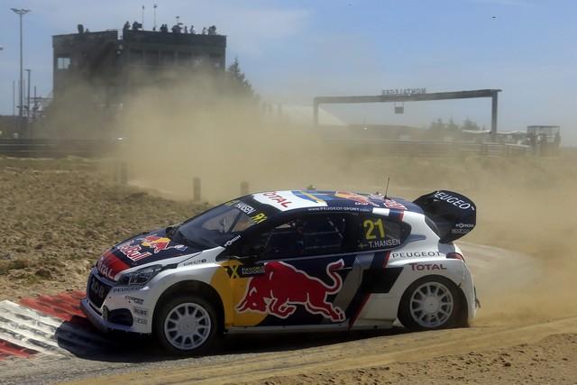 Sébastien Loeb et la PEUGEOT 208 WRX décrochent une belle deuxième place à Montalegre 46624958fc8a719909d