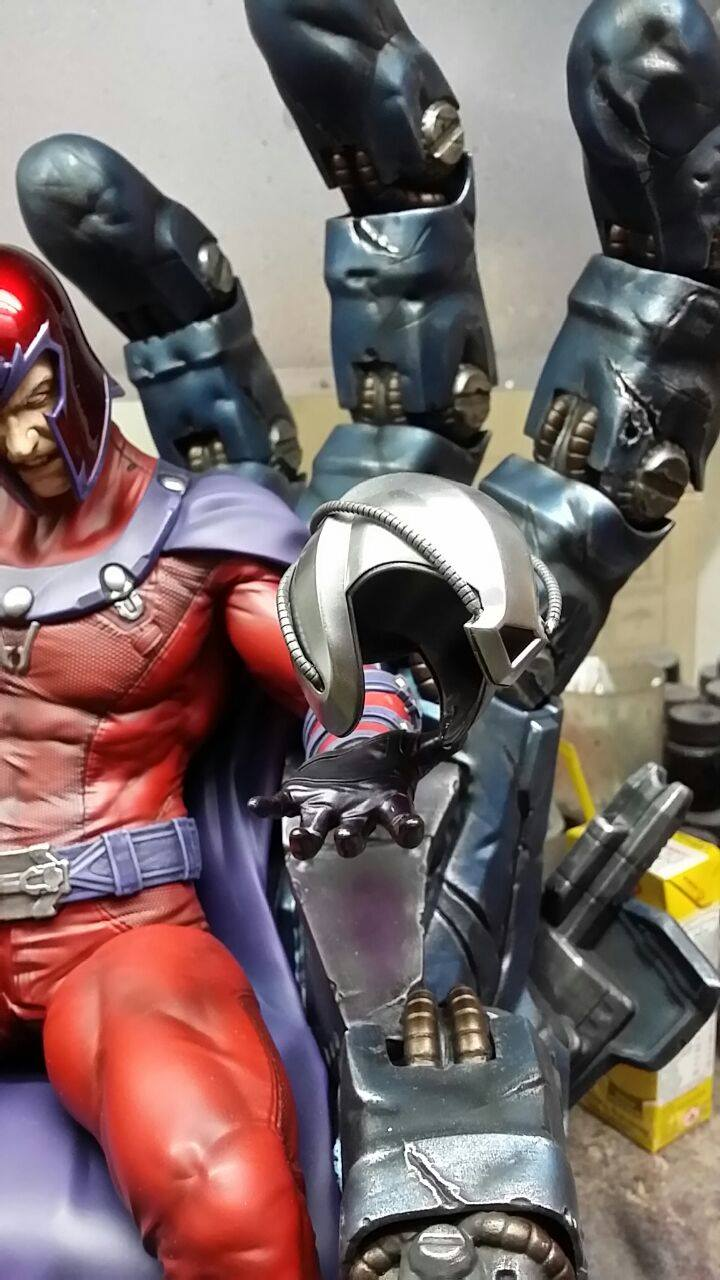 Premium Collectibles : Magneto on Sentinel Throne - Page 4 4666111049735014007229701483985727498245082288313o