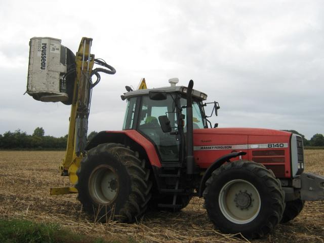 ensemble tracteur épareuse 469167aout2016006
