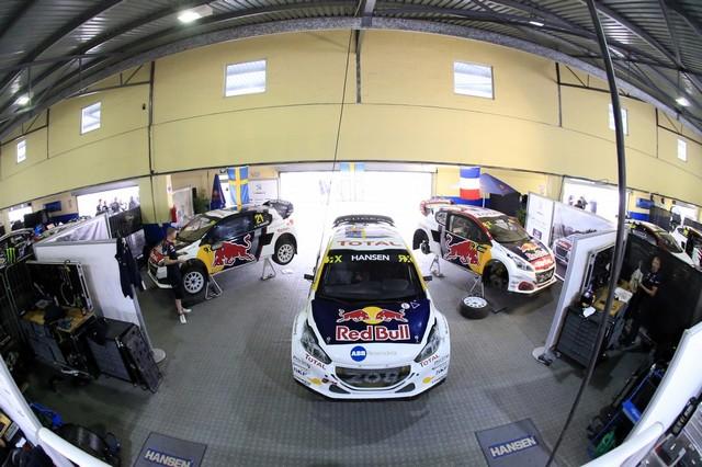 Le Team Peugeot Hansen vice-champion du monde de Rallycross* !!! 4710825a086eff3972czoom