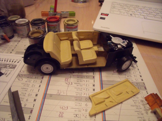 Jaguar MKII Saloon de Léopold Saroyan dans le Corniaud 473573DSCF66691