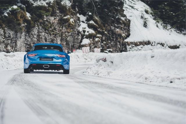 Alpine est de retour - A110, la voiture de sport française agile et compacte 4795268831916
