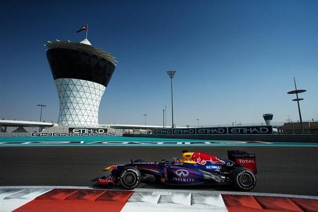 F1 GP d'Abou Dhabi 2013 : (essais libres-1-2-3-Qualifications) 4824082013GPAbudhabisebastianvettel1