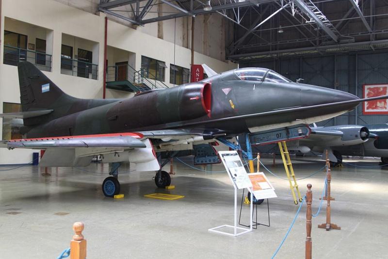 DOUGLAS A-4 SKYHAWK [NOUVELLE VERSION] 486177DouglasA4PSkyhawk
