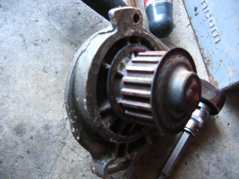 [Tuto] Remplacement moteur CP par un volvo (240) 490949STA4783