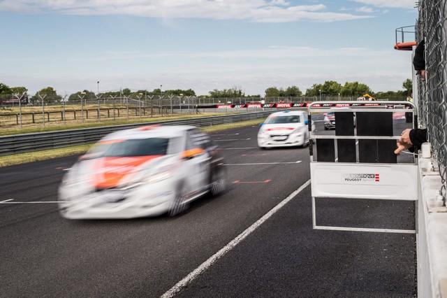 Franc Succès Pour Le 1er Rendez-Vous Des Rencontres Peugeot Sport 49789059064493e7218